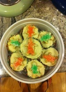 7 gingerbread men cupcakes