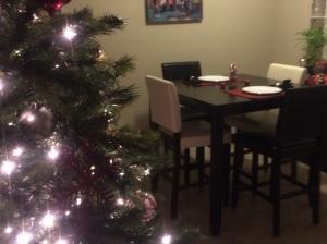again-christmas-decorate